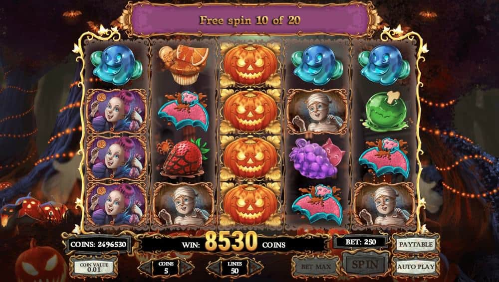 A winning combination in Happy Halloween real money slot