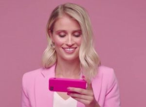A young woman wearing pink jacket is playing Pink Casino Online