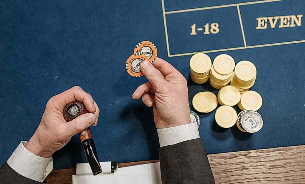 How to play blackjack? Essential tips