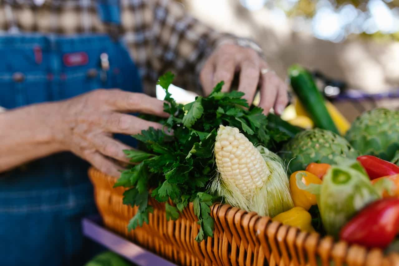 Support the farmer's market for our healthy lifestyle